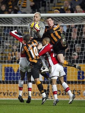 Relegation timescale: Arsenal goalkeeper Manuel Almunia