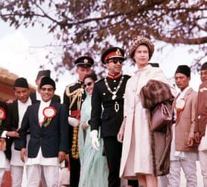 Narayanhiti Palace Museum: Queen Elizabeth II with the King of Nepal in Katmandu
