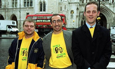 (From l)) Ellis Sherwood, Michael O'Brien and Darren Hall outside the high court in December 1999