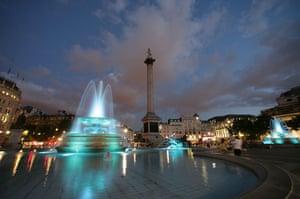 Trafalgar Square fountain: Pale blue fountain lights