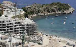 Spanish coastlines: 2007: New holiday homes being built in Altea on Spain's Costa del Sol