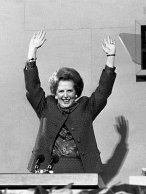 Margaret Thatcher: 1987:Margaret Thatcher acknowledges the standing ovation after her speech