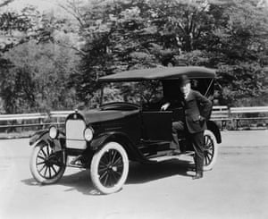 General motors: William Durant with Durant Star