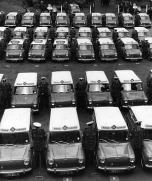 50 Years of the Mini: Some of the 100 mini-vans that made up part of the RAC Roadside Service