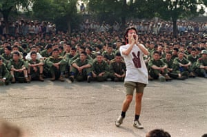 Tiananmen Square: A dissident student asks soldiers to go back home in Tiananmen Square