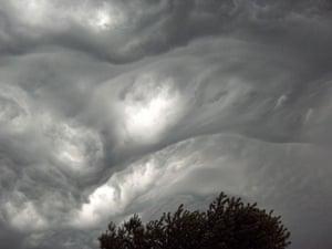 Asperatus cloud: Over East Central Illinois. US