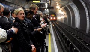 London underground strike: Commuters make their way home before the Tube strike comes into force