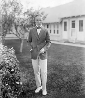 Hooray for hollywood: Actor Charlie Chaplin in Front of Studio