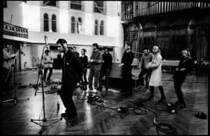 Jill Furmanovsky Oasis: Oasis rehearsing All Around The World 1997