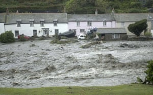 Extreme Weather: FLASH FLOODING IN BOSCASTLE, CORNWALL, BRITAIN - 16 AUG 2004