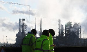 Lindsey oil refinery, unofficial refinery strike spreads