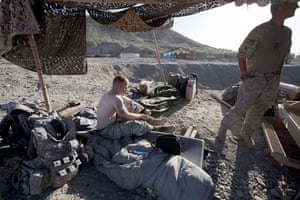 Sean Smith Afghanistan: Soldiers from Blackfoot Company on guard at Malakh
