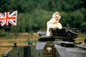 Margaret Thatcher: 1986: Margaret Thatcher on a Challenger tank