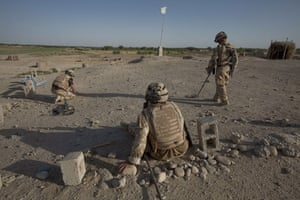 Sean Smith Black Watch: Soldiers check for and clear IEDs
