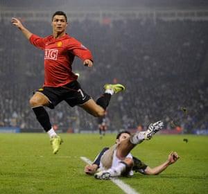 Barclays Sport Photos: Ronaldo hurdles a challenge against West Bromwich Albion