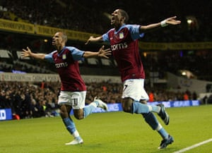 Barclays Sport Photos: Gabriel Agbonlahor and Ashley Young celebrate