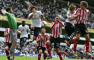 Barclays Sport Photos: All the Sunderland and Tottenham players manage to miss the ball