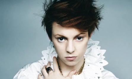 La Roux, female pop singer