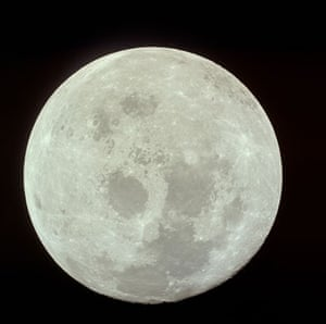 Apollo 11 to Moon: Moon as viewed from Apollo 11 CM Columbia after TransEarth Injection
