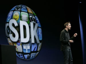 Apple conference: Scott Forstall talks about the 'Software Developers Kit'