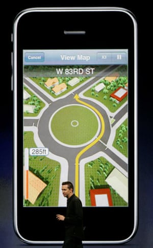 New iphone launch: Scott Forstall Apple Worldwide Developers Conference