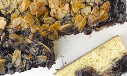 blueberry almond bar