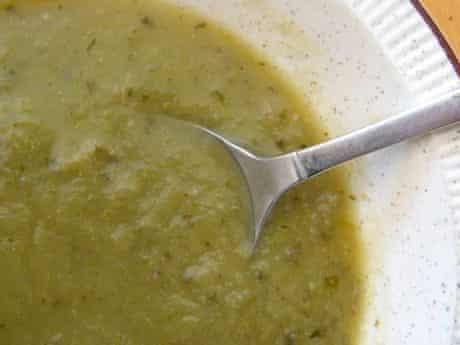 Mangetout and mint soup