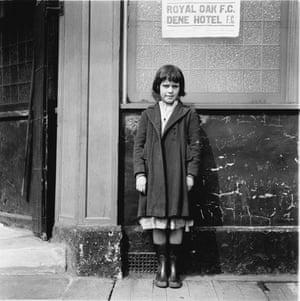 Jimmy Forsyth: Royal oak girl, 1956 Scotswood Road, Newcastle