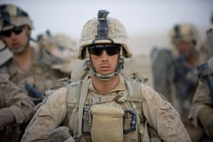 Operation Khanjar: Marines wait for helicopter transport