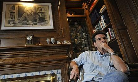 Dean Kamen at home