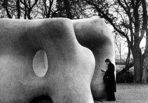 On Reading: André Kertész sculpture of Henry Moore