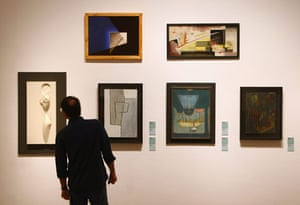 Bauhaus exhibition: Paintings exhibited in the Martin-Gropius-Bau