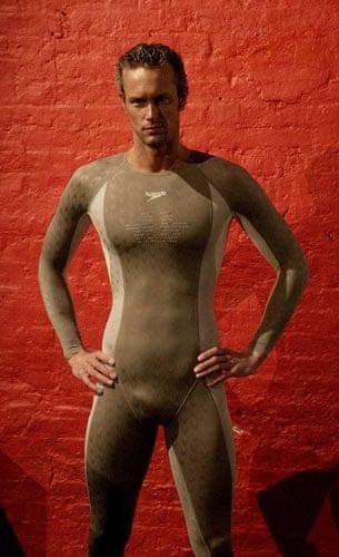 mark-foster-naked-shower-naked-neighbours