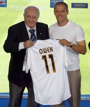 Michael Owen : MICHAEL OWEN SIGNING TO REAL MADRID FOOTBALL CLUB, SPAIN - 14 AUG 2004