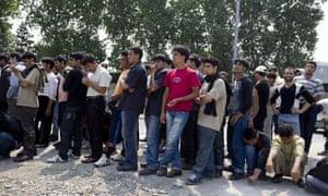 calais afghan refugees
