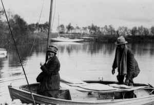 Arthur Ransome: Arthur Ransome on board Slug