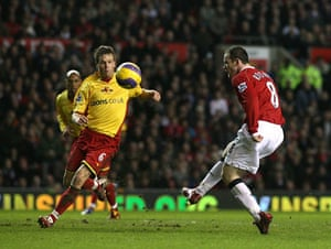 Wayne Rooney Top Ten: Rooney scores the fourth goal of the game against Watford