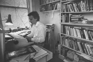 Martin Amis at 60: 1990: Martin Amis at typewriter in his study