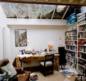 Martin Amis at 60: 2007: Martin Amis's writing room
