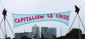 Camp for Climate Action : demonstrators set up their protest site at Blackheath, London
