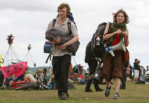 Camp for Climate Action : Environmental campaigners set up a Climate Camp on Blackheath green, London