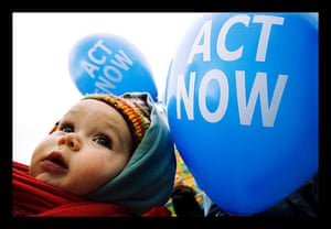 Messages to Copenhagen: Climate Action Day : Demonstration ACT NOW in Brussels