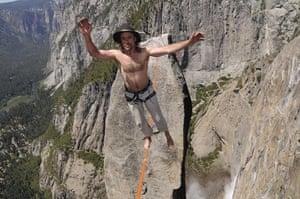 Tightrope: Heinz Zak on a highline across Lost Arrow