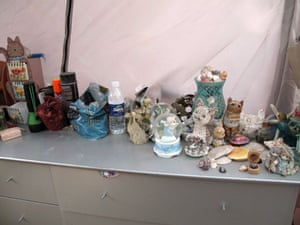 Jaycee Dugard kidnapping: Cat ornaments and snow globes on a chest of drawers