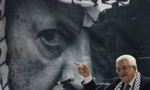 Mahmoud Abbas addresses the Fatah conference in Bethlehem