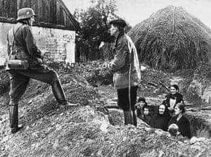 WW2 begins: Peasants in poland 1939