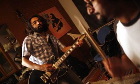 Guitarist Shehryar Mufti