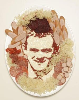 Food faces: Wayne Rooney sausage portrait