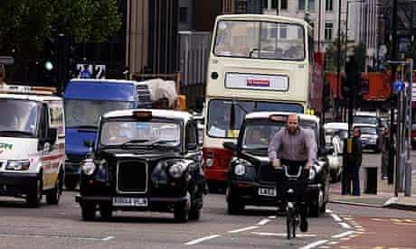 Bike blog : cycle lane and helmet