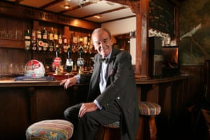 Keith Floyd: Keith Floyd at The Bell Hotel in Faringdon, Oxfordshire,  2007